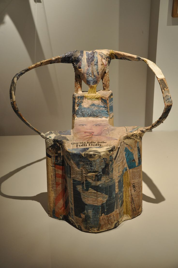 Riccardo Dalisi, Tecnica povera, 1973 - sedia in cartapesta / Chaise en papier maché
