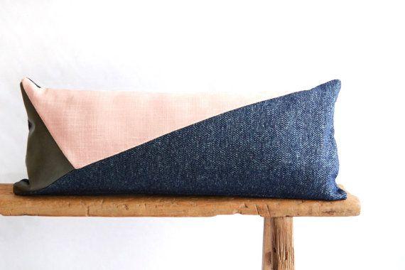 Coussin lombaire/Rose Quartz/bleu marine/Blush par madebyzigzag