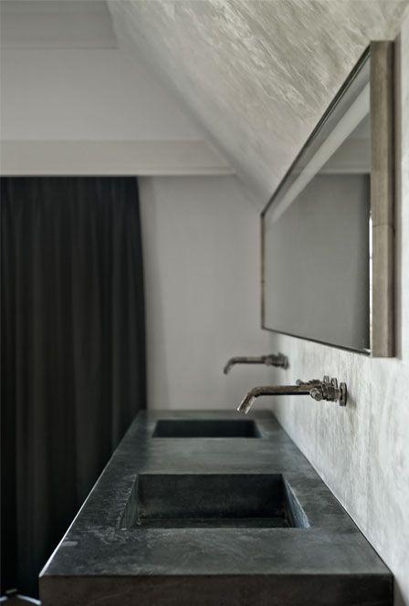 Meer dan 1000 idee n over zwarte wastafel op pinterest was kranen en zwarte spoelbakken - Badkamer zwarte vloer ...
