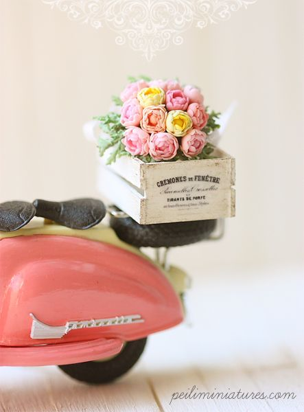 dollhoue miniatures #dollhouseminiatures Pink Miniature Vespa