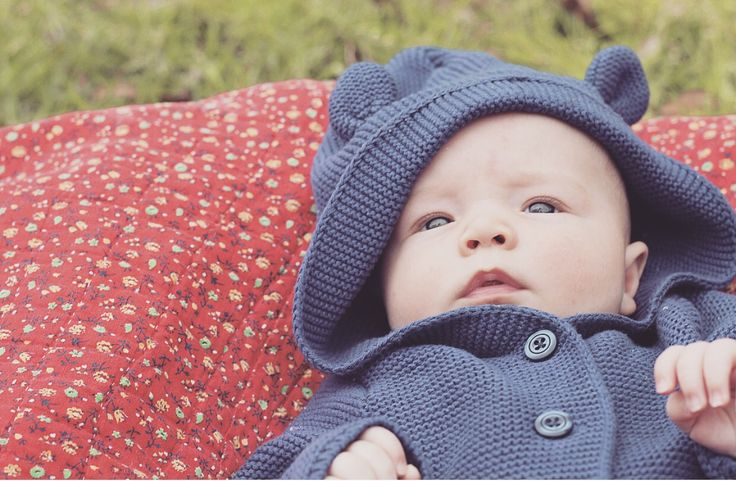 Because spring is quickly approaching. . . I thought I would share the cutest baby sweater ever!!! I found this adorable navy sweater for UNDER SIX DOLLARS at Baby Gap Outlet ( this is the on…