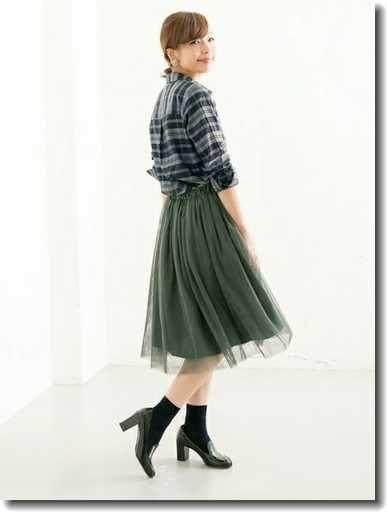 チェックシャツとチュールでふんわり♡社会人コーデの参考にしたいスタイル・ファッションまとめ♪