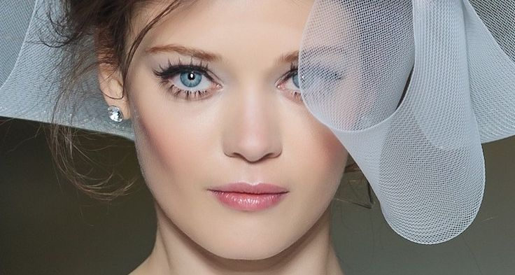 7 Tips To Avoid The Most Common Bridal Beauty Mistakes  bridal beauty trends 2017 via http://thesparklingblueberry.com #bridalbeautytrends #wedding #bridalmakeup #bridalhair