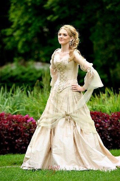 Medieval wedding dresses, Fairy & Celtic wedding dresses by Rivendell Bridal in the UK.