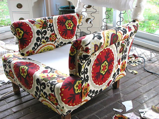 How to upholster-I have two things I really want to reupholster but it seems so daunting. This gals site breaks it down very well!!