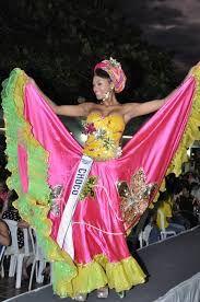 Afbeeldingsresultaat voor traje tipico colombia