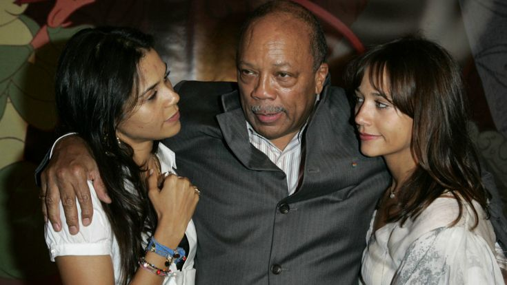 """Black #Cosmopolitan Quincy Jones's 6 Daughters Got Him To Apologize For Recent Comments   #Apostrophe, #Language, #Linguistics, #Orthography, #Punctuation, #QuotationMark, #Today          Getty  Richard Pryor slept with Marlon Brando. Michael Jackson stole """"a lot of songs."""" The Beatles were the """"worst musicians"""" in the world. Whatever off the wall thing you can think of, Quincy Jones said it about pop culture icons in a string of recent interviews, particularly"""