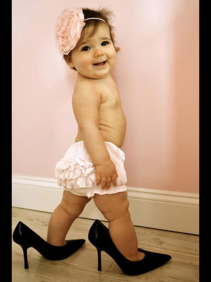 Super cute 1st Birthday picture idea. Could also use daddy's boots or work shoes for a boy.