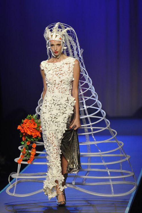 Le défilé Jean Paul Gaultier haute couture automne-hiver 2008-2009 24 | Vogue