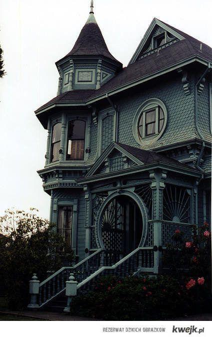 46 best smashing autumn week 8 images on pinterest for Victorian era windows