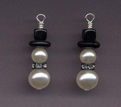 Snowman earrings. I could make those!!