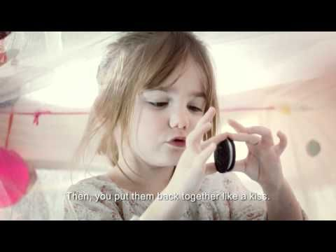 French Oreo commercial. Too cute!