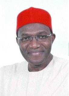 Andy Uba is a national shame  AYPF vows to not vote APC  A group of young professionals in Anambra State have demanded that the All Progressives Congress (APC) should disqualify Senator Nnamdi (Andy) Uba as a possible flag bearer for the party in the forthcoming Anambra governorship election scheduled for November 2017. In a statement released after a press conference in Abuja the Anambra Young Professionals Forum (AYPF) warned the APC to disqualify Mr. Uba as a governorship candidate or we…