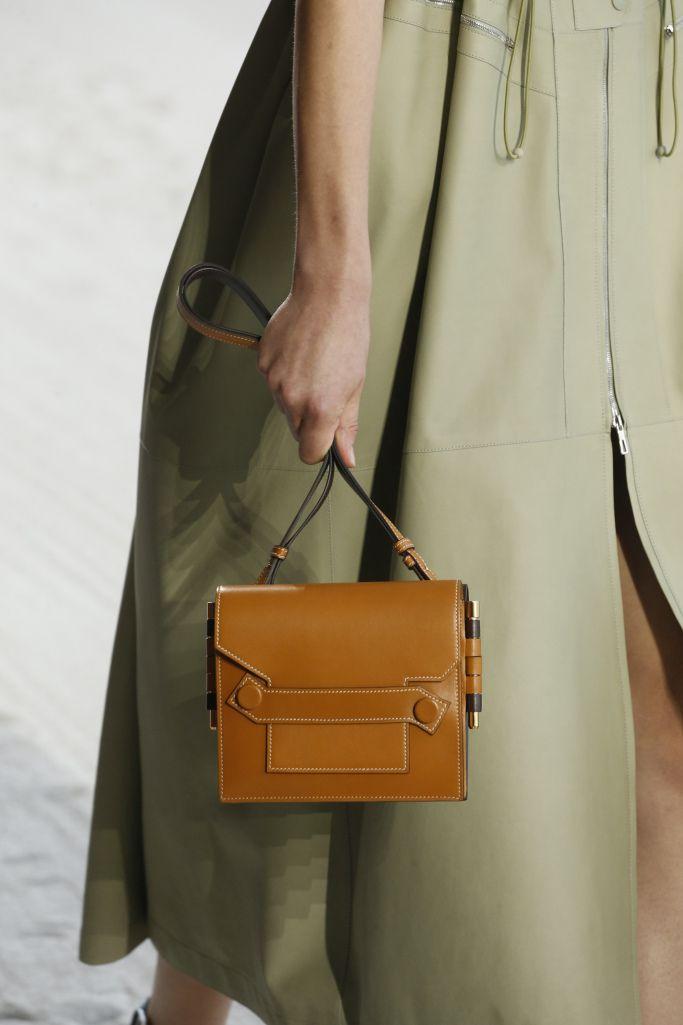 ab3ba1f38 Details at Hermès RTW Spring 2019 Hermes Kelly, Fashion News, Satchel,  Satchel Purse
