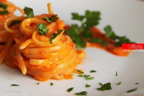Pasta con crema di peperoni   Ricetta veloce
