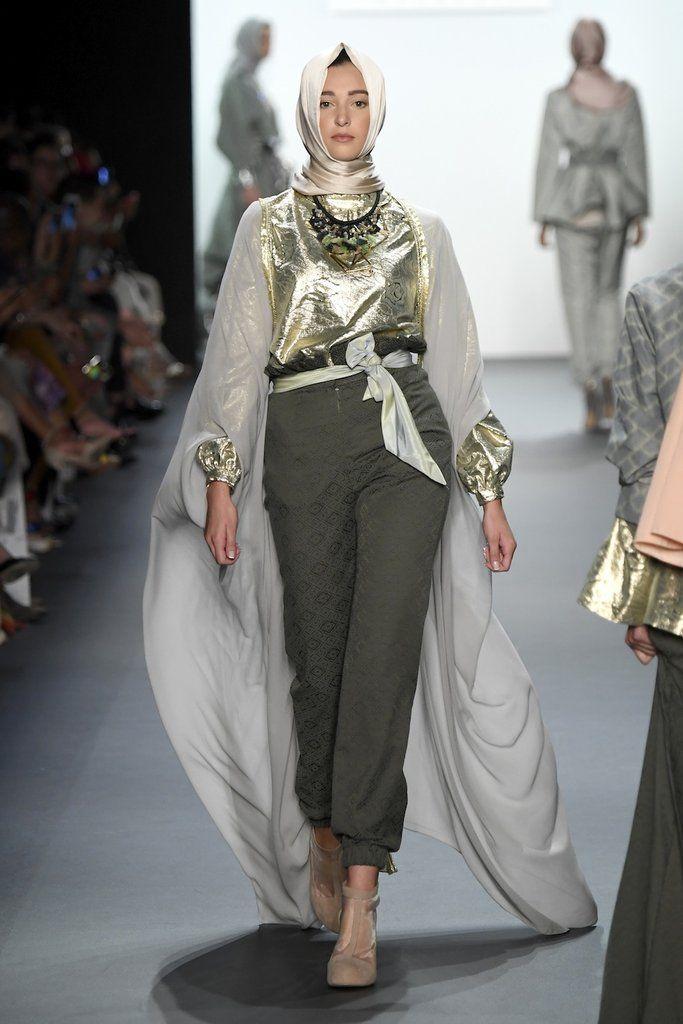 Anniesa Hasibuan  | How This Muslim Designer Made History at New York Fashion…