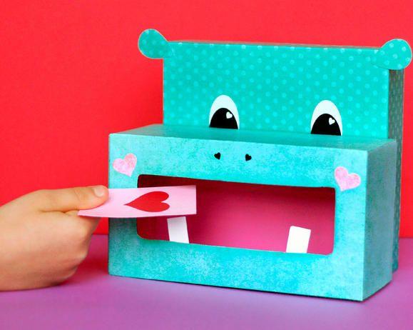 Hippo Valentine Box / Valentines Day | Fiskars