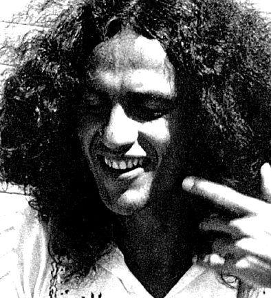Foto de Caetano Veloso — 1976