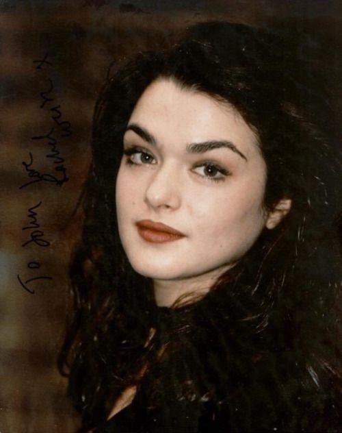 Rachel Weisz- looking similar to maise williams