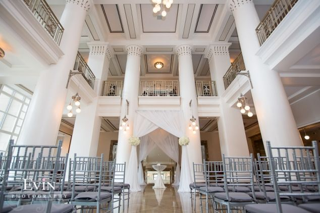 Wedding ceremony in the Schermerhorn Symphony Center in downtown Nashville, TN | evinphotography.com