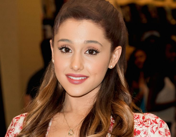 Explore Talent ensures a number of reports on Ariana Grande experiencing insecurity and doubts on self.