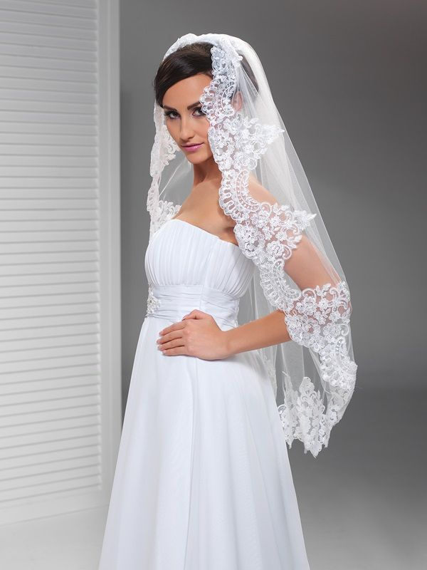 Závoje | krajkový svatební závoj 100 cm | Levné svatební šaty, svatební šaty levně - prodej