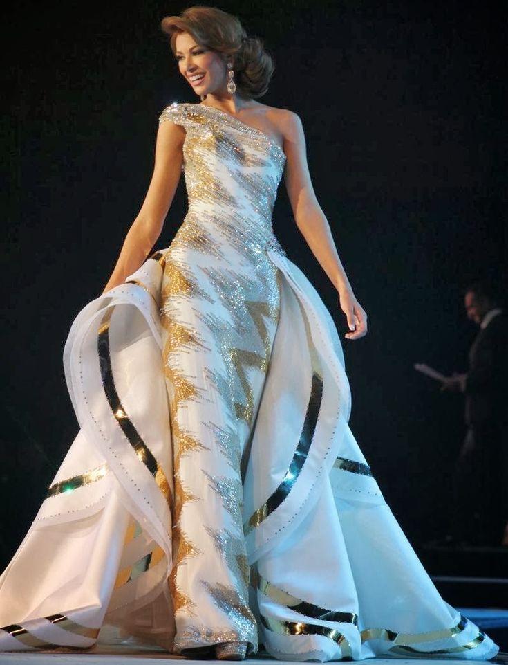 17 Best images about plus size gowns on Pinterest | Plus size ...