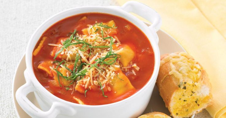 The best Tomato Pasta Soup with Garlic Bread recipe you will ever find. Welcome to RecipesPlus, your premier destination for delicious and dreamy food inspiration.