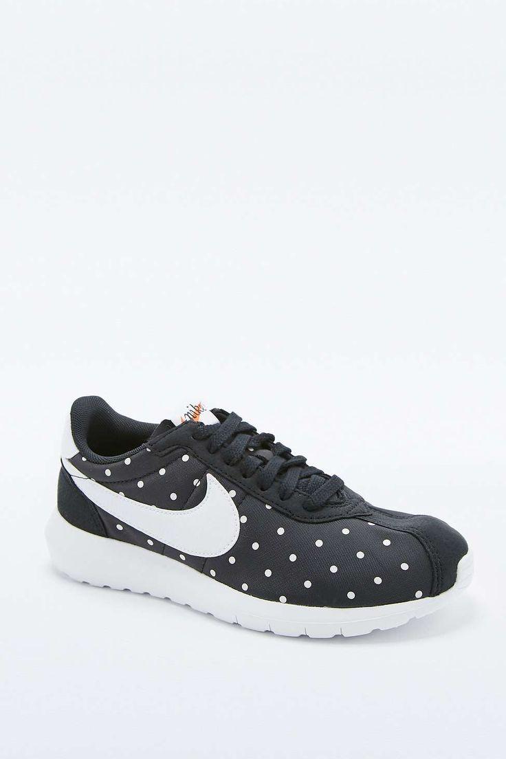 Nike Roshe LD-1000 Black Spot Trainers