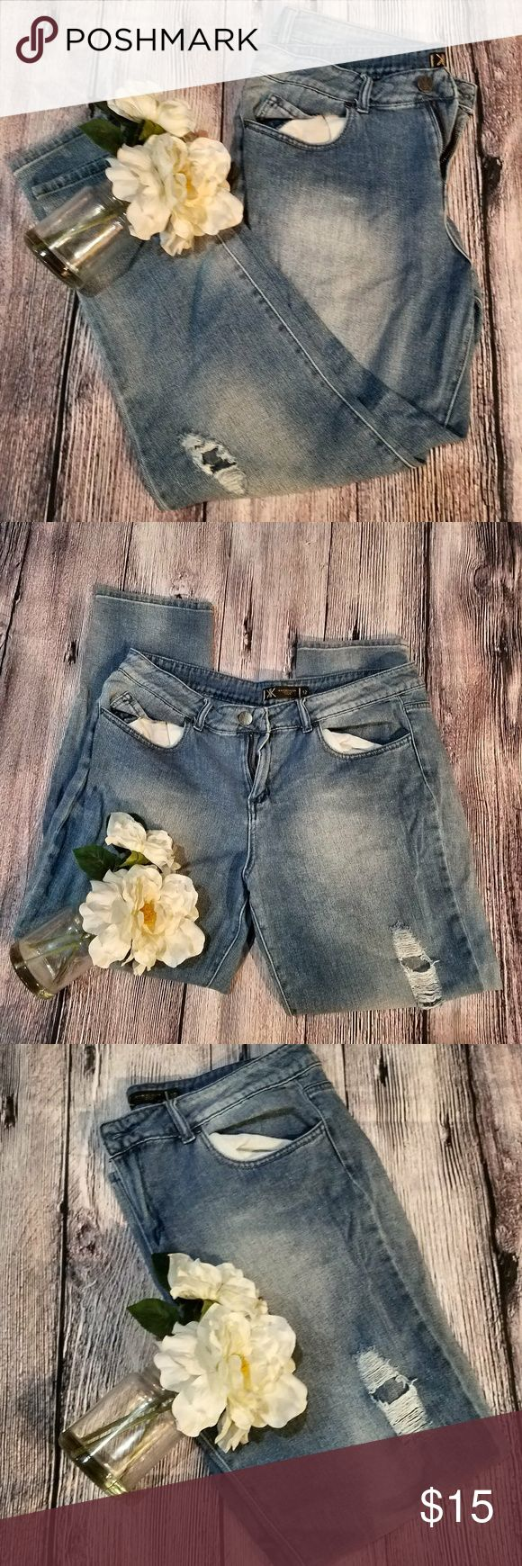 EUC KARDASHIAN KOLLECTION BOYFRIEND JEANS SZ 12 CUTE BOYFRIEND JEANS  SZ 12 KARDASHIAN KOLLECTION  PREMIUM DENIM  STYLE KELSEY PERFECT TO PAIR WITH TSHIRTS FOR THIS SUMMER!  BUNDLE TO SAVE! Kardashian Kollection Jeans Boyfriend