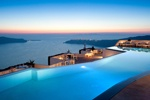 Ένα γευστικό ταξίδι στο αγαπημένο νησί της Σαντορίνης, στο ξενοδοχείο Grace Santorini!