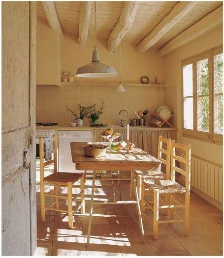 una-casa-con-vigas-de-madera-04