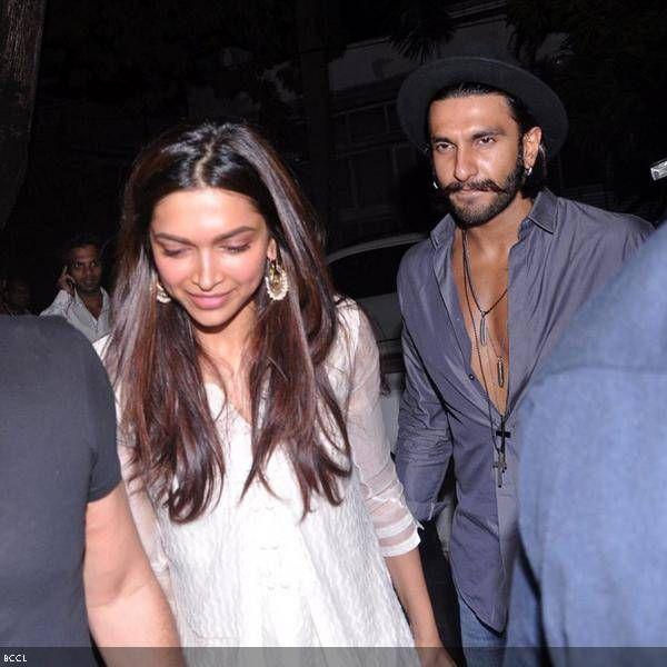Ramleela pair, Deepika Padukone and Ranveer Singh at Arjun Kapoor's b'day bash, held in Mumbai.