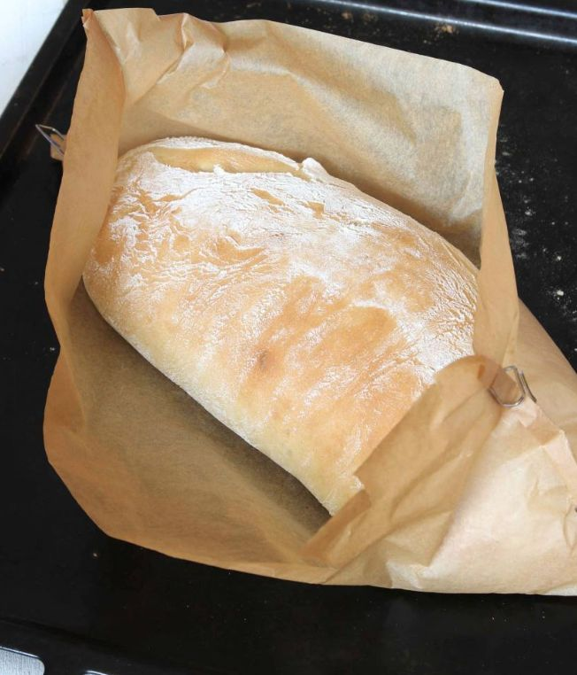 Enkla limpan i papper jäser bara en gång direkt i ett bakplåtspapper för att hålla formen. Klicka här för recept!