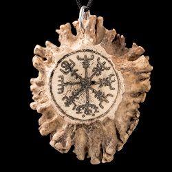 Vegvisir - amulet ochronny rzeźbiony w kości. Rękodzieło • Onegdaj