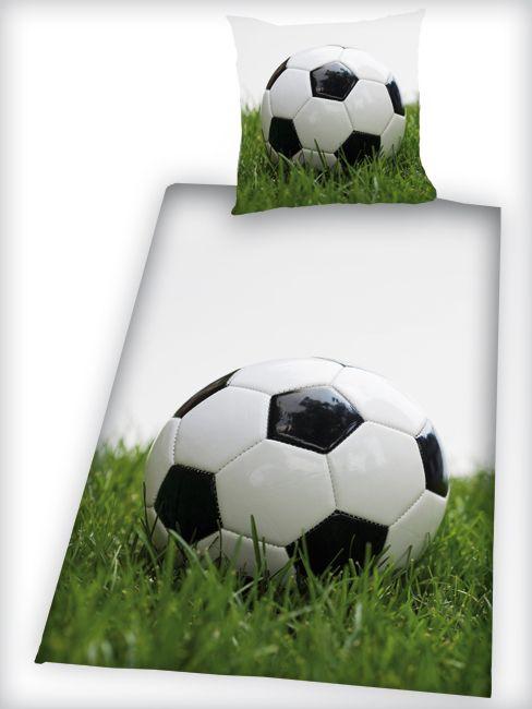 Voetbal dekbedovertrek 1-persoons, dat uitstekend past bij Voetbal 1 en Voetballamp 2 van Kleinlicht.nl. Zowel lampen en dekbed hebben prints van echt gras