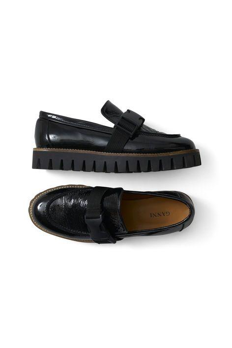 Isla Cracked Shoes, Black