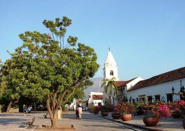 Plaza Alfonso López en la cuidad Valledupar, epicentro del la Cultura Vallenata y su folclor.