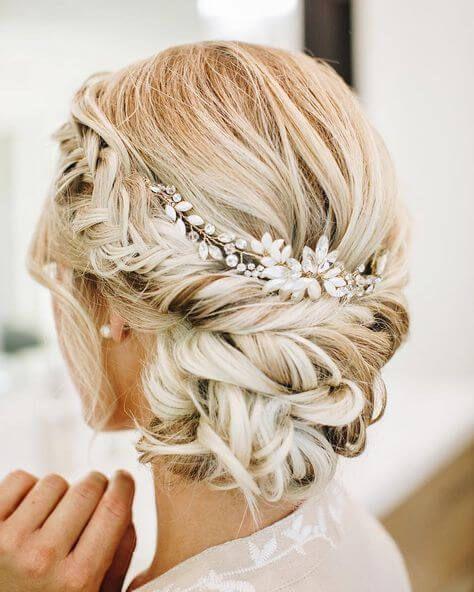10 Chic & Romantische Hochzeit Frisuren Wir lieben… – #accessoire #Chic #Frisu…