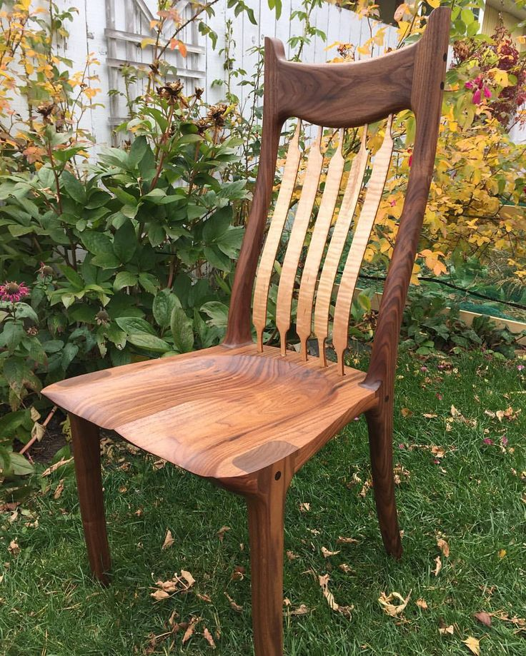 Another chair finished in a set of six....couple more to go #chair #kitchen #dining #rockingchair #rocker #walnut #woodporn #wood #woodwork #monday #maloof #woodworking #yyc #calgarywoodworkers #calgarywoodworking #maloof #joint #furniture #house #home #bench #sit #chair #kutzall #festool #festoolcanada #garawood