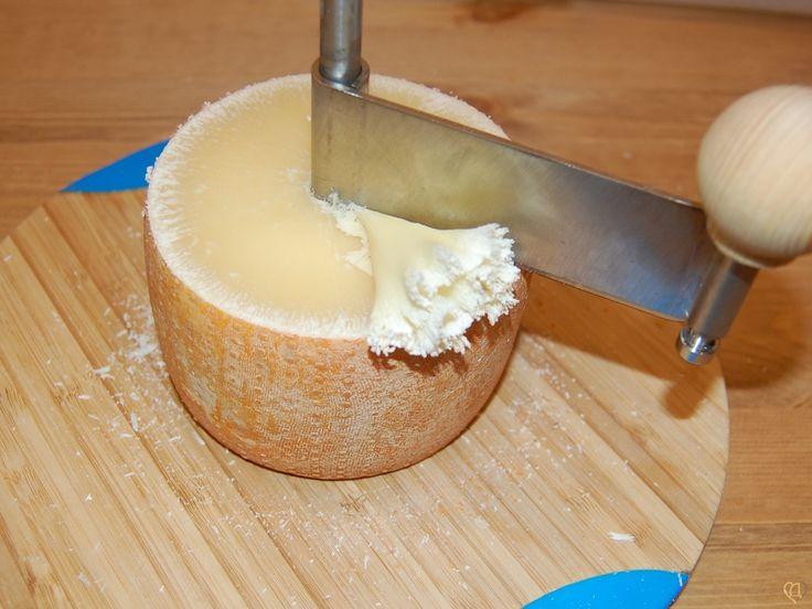 Рецепт сыра Тет-де-муан (Голова монаха)   Рецепты сыра   Сырный Дом: все для домашнего сыроделия
