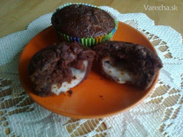 Muffiny plnené pudingom