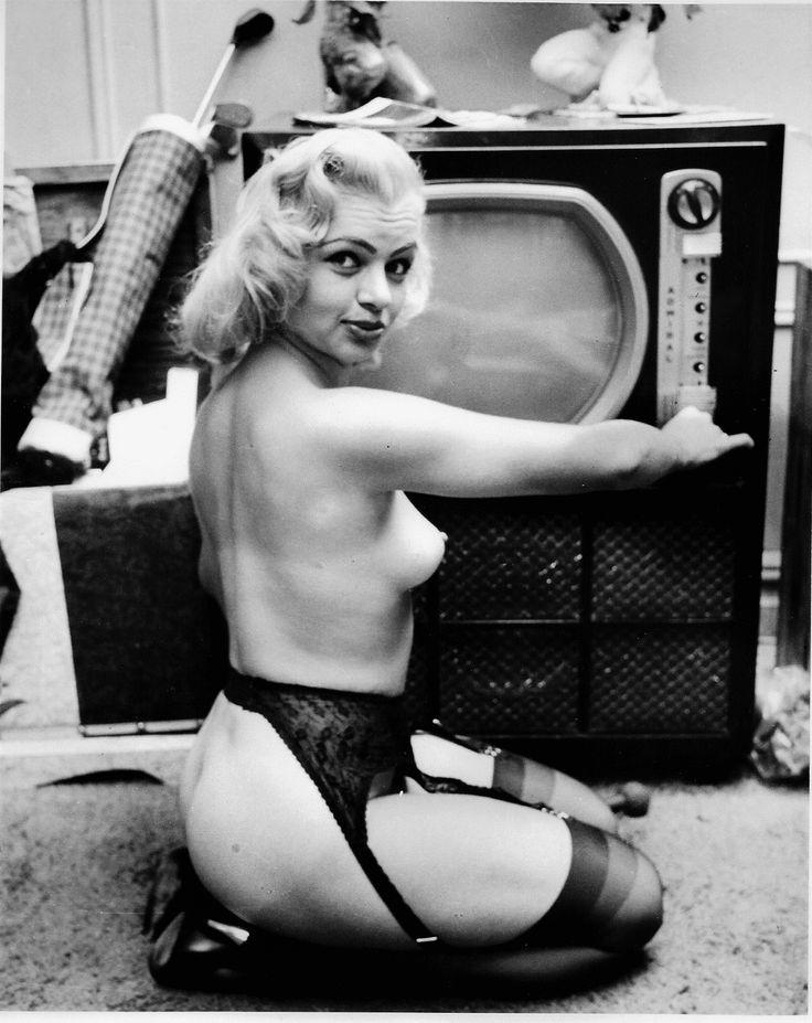 Vintage glamour models galleries — photo 13