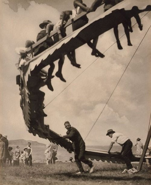 Harold Cazneaux. The wheel of youth, 1929