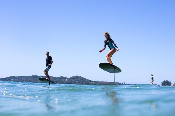Fliteboard La Board De Surf Avec Hydrofoil Electrique Surfing Surfboard Foil Highlights