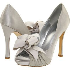 Best 25 Grey wedding shoes ideas on Pinterest Grey wedding
