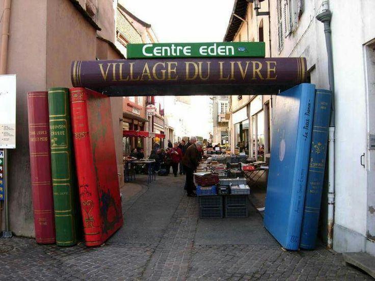 Village du Livre, Cuisery (France)