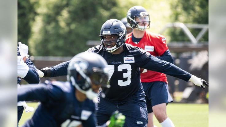 Monday RoundUp Russell Wilson Sets Goal To Play Until He