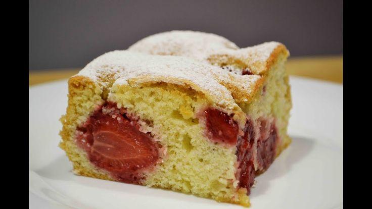 Это рецепт очень простого и быстрого пирога! Разнообразить его можно разными ягодами или фруктами.:) Его очень здорово печь в летнее время! При подписке на м...