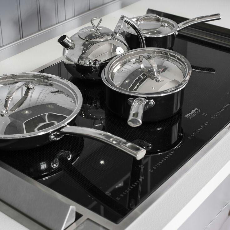 In unserer landhausküche haben wir eine downdraft haube der firma homeier eingebaut die besonderheit